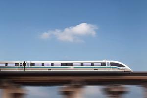 四川省质监局与西南交大签署协议 打造国家轨道交通标准创新示范基地
