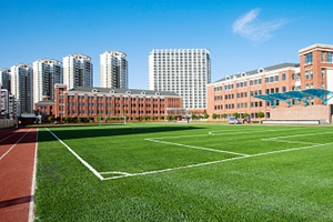 今年成都市将建成中小学幼儿园100所
